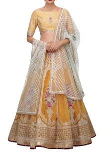 embroidered-lehenga-blouse-with-gota-dupatta