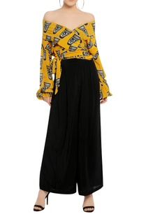 printed-off-shoulder-top-with-palazzo-pant