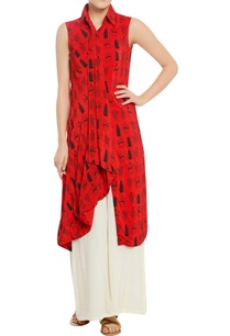 tribal-mask-print-tunic-with-pleated-front