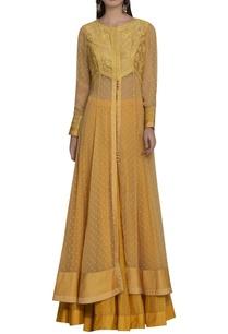 thread-work-embroidered-front-slit-kurta-set