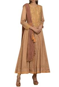 threadwork-embroidered-kurta-set