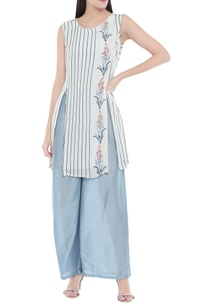 front-slit-printed-floral-kurta-with-palazzo