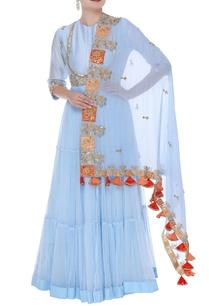 embroidered-kurta-set