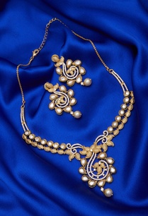 pearl-kundan-necklace-set