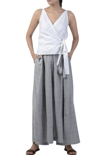 box-pleated-overlap-style-skirt-pant