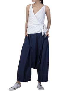 draped-loose-pants-with-side-pockets