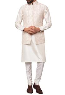 dori-embroidered-silk-bandi
