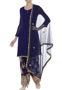 kurta-dupatta-with-embroidered-pants