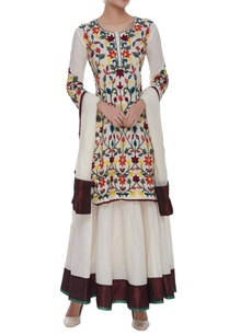 embroidered-kurta-with-lehenga-dupatta