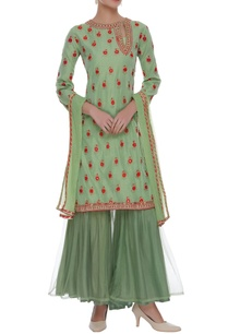 embroidered-kurta-with-sharara-dupatta