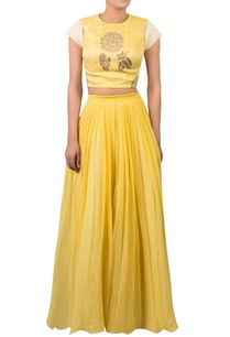 block-print-crop-top-with-pleated-lehenga