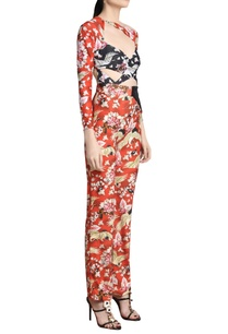 floral-printed-trousers