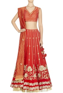 embroidered-lehenga-with-blouse-and-striped-dupatta