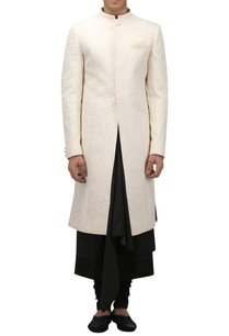 chinese-motif-quilted-sherwani-with-pocket-square