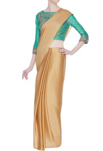 hand-embroidered-saree-blouse