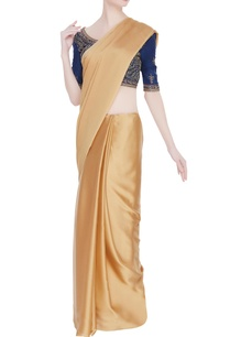 embroidered-saree-blouse-with-dori-closure
