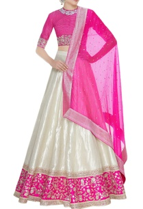 embroidered-border-lehenga-with-blouse-dupatta