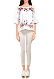white-floral-box-top