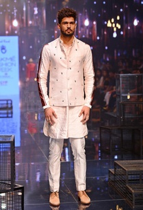kurta-set-embroidered-bandi-jacket