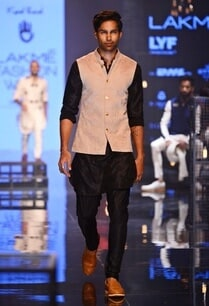 silk-kurta-with-all-over-embroidery-bandi-jacket