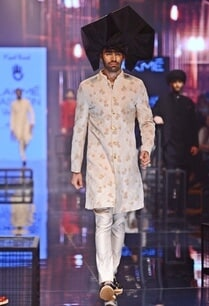 vanilla-silk-kurta-set-with-marigold-embroidered-sherwani