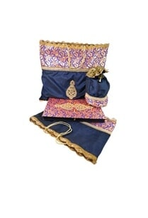 the-brocade-famly-gift-packing-set