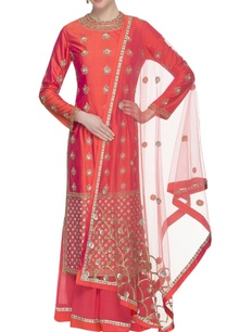 coral-pink-embroidered-lehenga-set