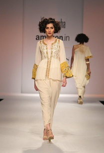 white-embroidered-and-floral-printed-blouse-with-dhoti-pants