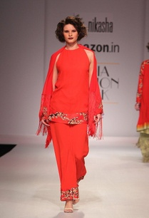 scarlett-red-kurta-with-attached-cape-and-matching-pants