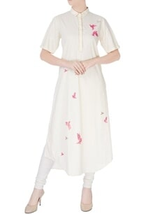 cream-kurta-in-pink-embroidery