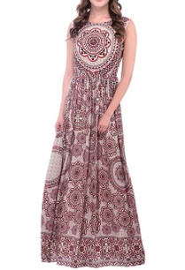 an-ivory-tile-printed-maxi-dress