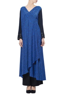 deep-blue-printed-wrap-tunic-with-black-pants