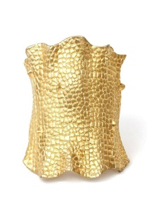 gold-crocodile-textured-cuff
