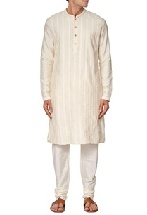 off-white-pleated-kurta