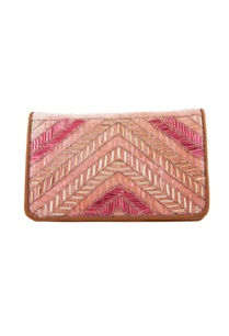 peach-clutch-with-long-chain