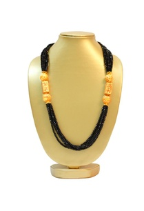 black-bead-necklace-with-gold-finish
