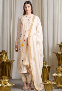 beige-cotton-silk-kurta-set-with-geometric-motifs-appliques-details