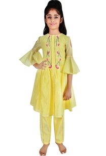 soft-yellow-chanderi-floral-embroidery-suit