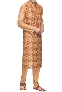 dusky-peach-motif-embroidered-kurta