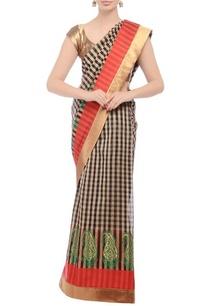 embroidered-checked-sari