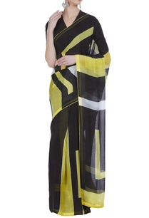 geometric-hand-painted-sari-with-unstitched-blouse