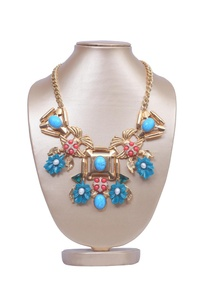 turquoise-floral-garden-necklace