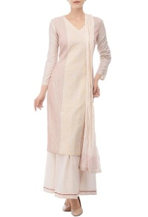ivory-red-embroidered-kurta-set