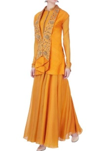 yellow-raw-silk-jacket-by-divya-gupta