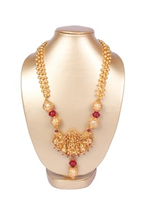 gold-and-pink-necklace-with-temple-pendant