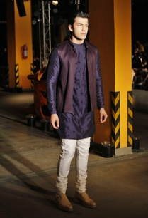 silk-kurta-churidaar-bandi-jacket