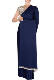 navy-blue-sari-with-beige-blouse