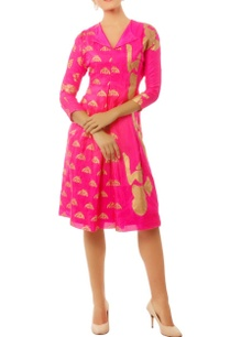 pink-gold-multi-print-detail-dress-with-pleats