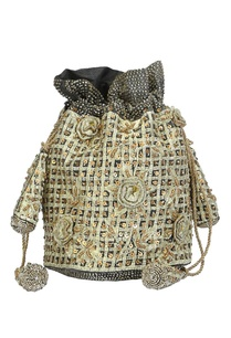 ivory-and-silver-embroidered-potli