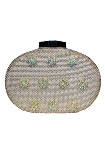 gold-mesh-clutch-with-floral-dimante